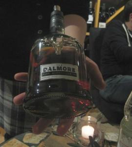 Die Flasche des Dalmore King Alexander III ist mit einem selberenen Hirschkopf verziert