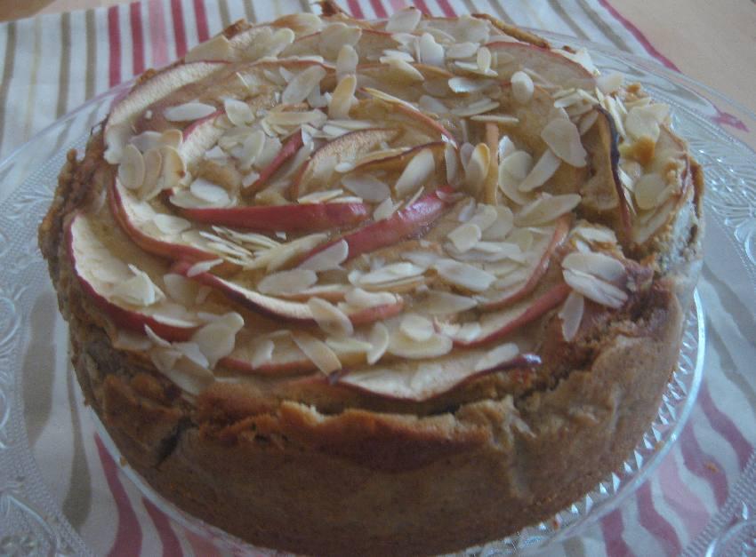 Blick auf den Apfelkuchen mit Mazarincreme