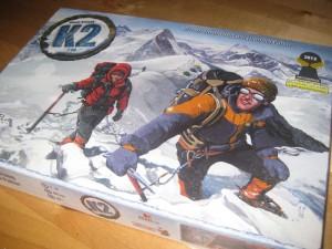 Box des Brettspiels K2