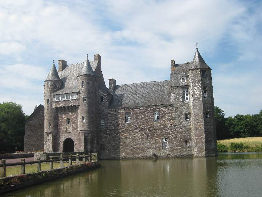 Wasserschloss in der Brocéliande