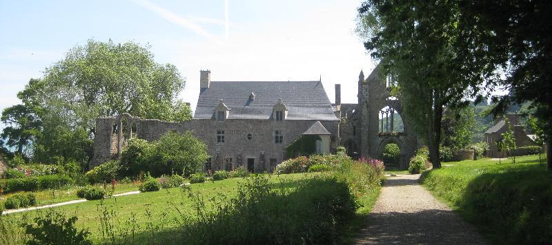 Eingangsbereich der Abbaye de Beauport