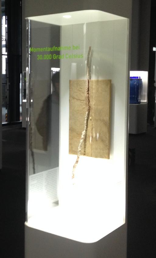 Versteinerte Überreste eines Blitzes im Ruhr Museum in Essen