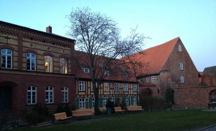 Fachwerkhaus neben dem Johanniskloster in Stralsund