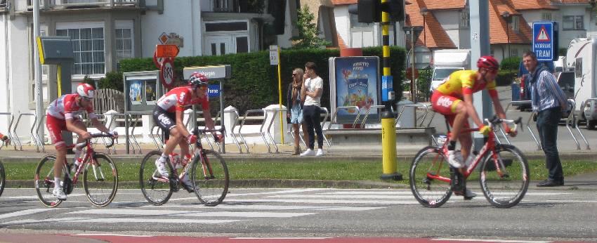einzelne Radfahrer beim Radrennen in Belgien