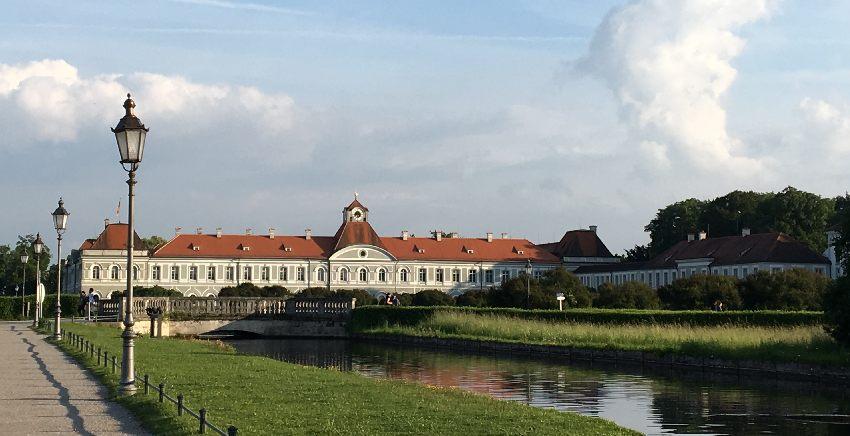 Seitenflügel des Schlosses Nymphenburg