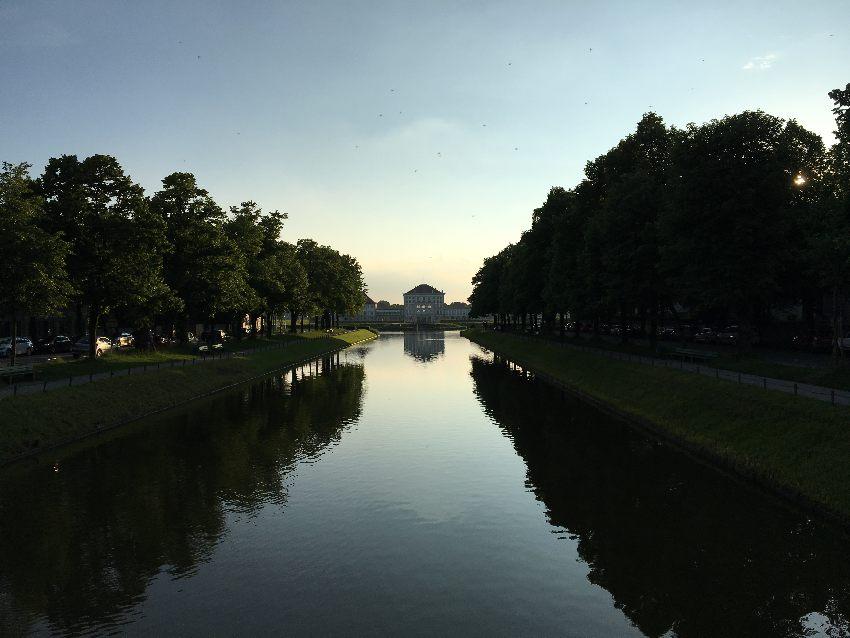 Blick auf das Schloss Nymphenburg