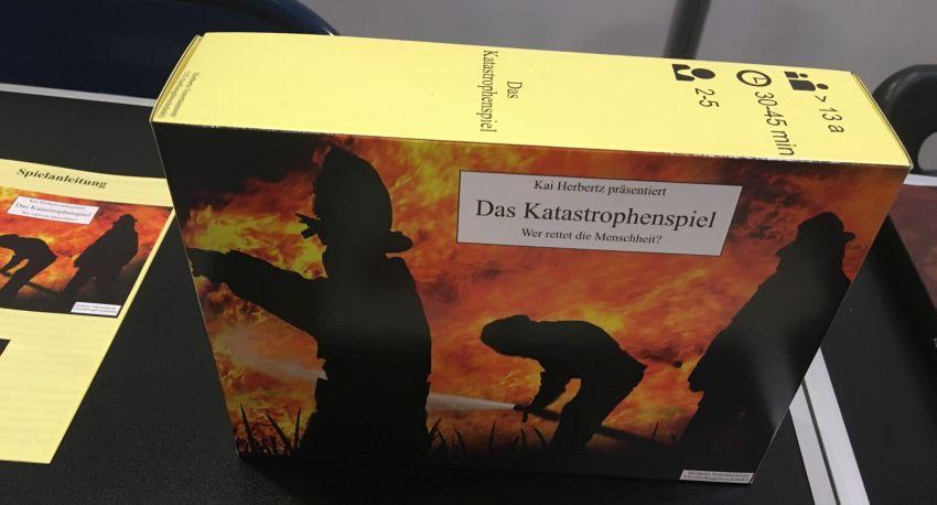 """Schachtel von """"Das Katastrophenspiel"""""""