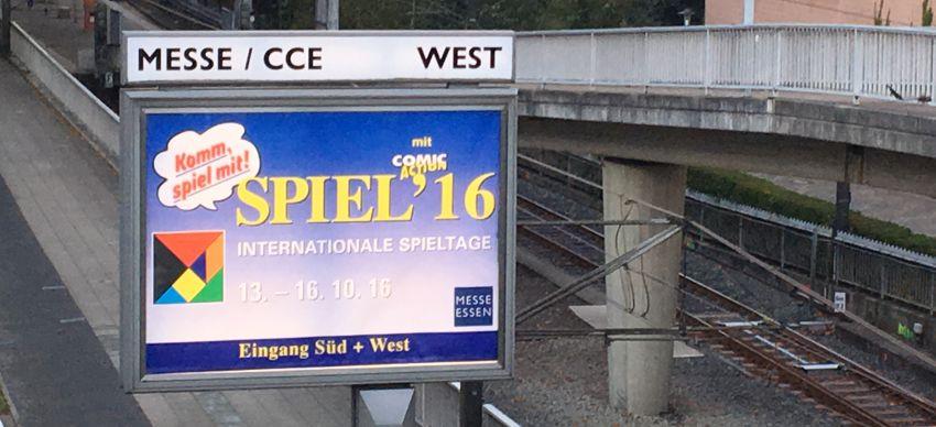 Poster am Eingang der Spiel 16 in Essen