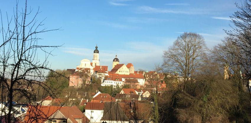 Blick auf die Altstadt von Neuburg an der Donau