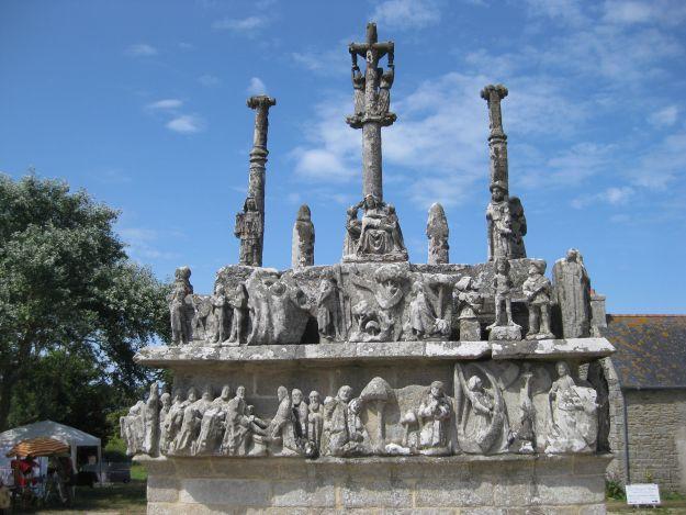 Clavaire von Tronoen in der Bretagne