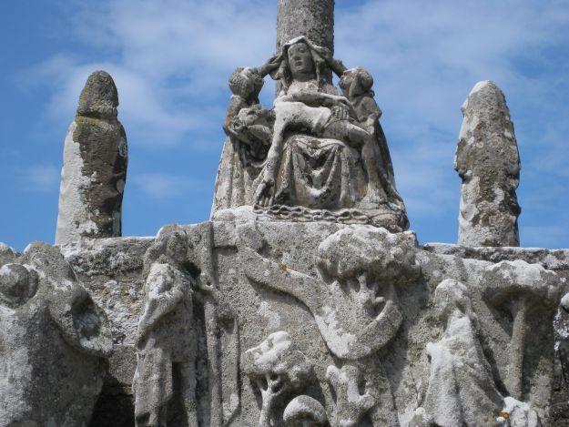 Pietà auf dem Calvaire von Tronoen