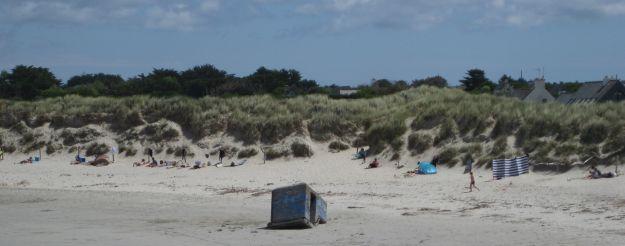 Bunkerteil am Strand der Pointe de la torche