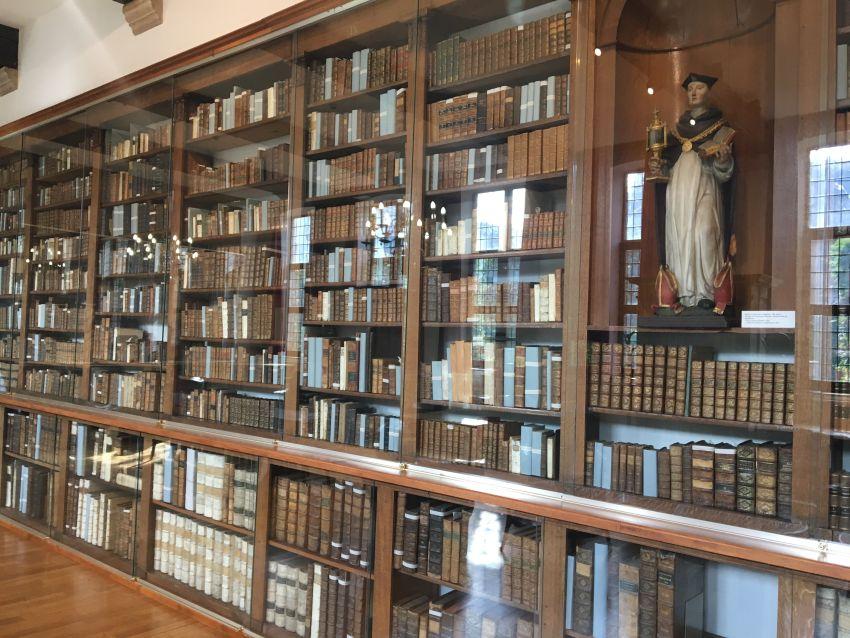 Dominikanerbibliothek in Gent