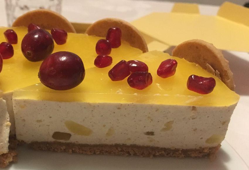 Stück der Zimt-Quark-Orangen-Torte
